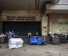 Terlanjur Datang, Pengendara Motor Terlantar di Jalanan, Pasar Tanah Abang Ternyata Tutup