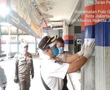 Bengkel Masih Buka Selama PSBB di Jakarta, Sejumlah Aparat Langsung Tutup Paksa