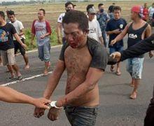 Begal Berlumuran Tanah dan Darah Tertangkap di Sawah, Kepergok Mencuri Yamaha Mio Merah