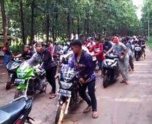 Biar Kapok, Ratusan Remaja Balap Liar di Semarang Dipaksa Dorong Motor Sejauh Dua Kilometer