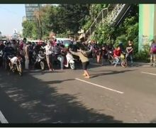 Geger Jalan Raya Diblok untuk Balap Liar di Jam Kerja, Polisi Tangkap 4 Pelaku dan Lainnya Dalam Pengejaran