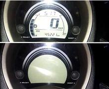 Ada Apa Nih? Yamaha NMAX Mendadak Genit Main Mata Kedip-kedip Panel Spidometer-nya