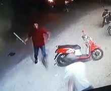 Gak Ada Ngeri-ngerinya, Lagi Atur Lalu Lintas, Kepala Seorang Polisi Tiba-tiba Dibacok Oleh Anggota Geng Motor
