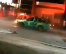 Brak! Mobil Damkar Terlibat Kecelakaan Beruntun Saat Bertugas, Warganet: Mirip Adegan Film
