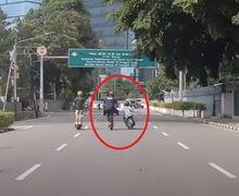 Rider Skuter Listrik Ini Kena Begal Ketika CFD di Sudirman, HP Sempat Ditarik