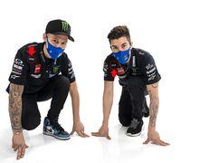 Valentino Rossi Gak Cabut Dari Tim Yamaha MotoGP, Nongol Di Seragam