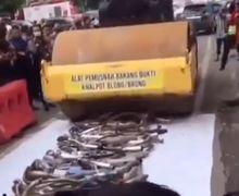 Video Ribuan Knalpot Brong Musnah Digilas Alat Berat Polisi Medan