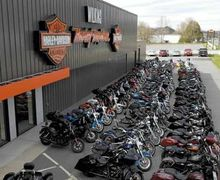 Dealer Harley-Davidson Ini Mau Bagi-bagi Motor Gratis, Brother Mau?