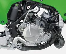 Bukan Ninja R 150 2021, Ini 2 Motor Baru Kawasaki Bermesin 2-Tak