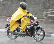 Bukan Untuk Nakutin Pengendara, Ini Himbauan Polri di Musim Hujan