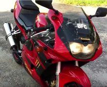 Masih Penasaran? Ini Video Suara Mesin 4 Silinder Kawasaki Ninja 250