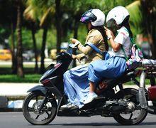 Tragis! 2 Remaja Tanggung Meregang Nyawa Karena Main HP Saat Berkendara