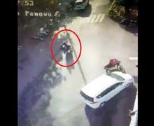 Biadab... Detik-detik Pelaku Bom Bunuh Diri di Surabaya, Motor Belok Kiri Bom Langsung Meledak