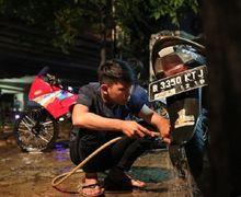 Nah Lho, Ini Alasan Ban Motor Jangan Terkena Sabun Saat Dicuci