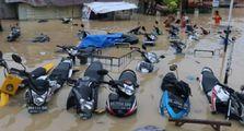 Motor Bikers Terendam Banjir, Modal Oli Bekas Dijamin Aman Nih Caranya