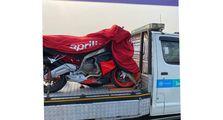 Motor Sport Baru Aprilia Tertangkap Kamera Sedang Diangkut, Siap Meluncur di Indonesia?