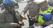 Awas, Motor Gak Pasang Stiker Hologram Ini Bakal Ditilang Polisi