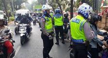 Motor Gak Ada Stiker Hologram Ini Bisa Kena Tilang Polisi, Serius Nih?