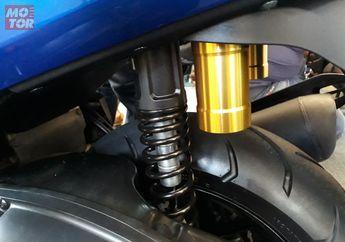 Sok Belakang Yamaha NMAX Baru Enggak Bisa Dipasang di NMAX Lama?
