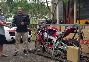 Kedua untuk Tahun Ini Moge Honda 700 Jutaan Unboxing di Surabaya