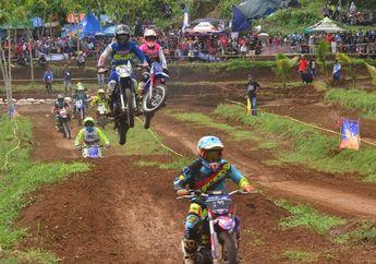 Balap Motocross Itu Gak Gampang Bro, Ada Hitungan Fisikanya Juga