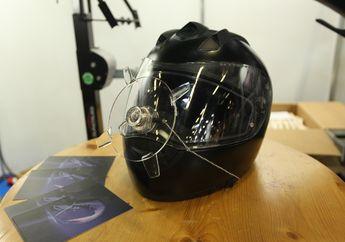 Mantap! Alat Sederhana Ini Bisa Usir Air di Visor Helm Saat Hujan