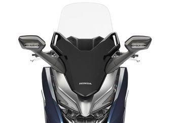 Dibanderol Rp 76,5 Juta, Windshield Motor Honda Forza 250 Punya 4 Rahasia