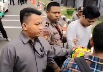 Kebanyakan Gaya, Pria Ngaku Vendor KPK Ketahuan Nyolong Helm, Nyaris Babak Belur