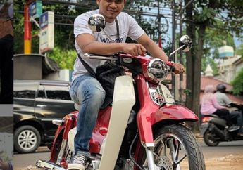 Maell Lee 'Selingkuh' Naik Motor Honda Super Cub, Gimana Nasib Kodrat Suzuki Smash Rp 1 Miliar?