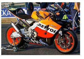 Masih Dendam! Rossi Minta Motor Honda Juara Dunia Tapi Gak Dikasih