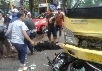 Anak Kecil Bernyali Besar, Naik Motor Honda Scoopy Berani Lawan Truk