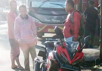 Pedih, Nyundul Motor Honda CBR 150R Supir Tua Renta Dipukul Helm