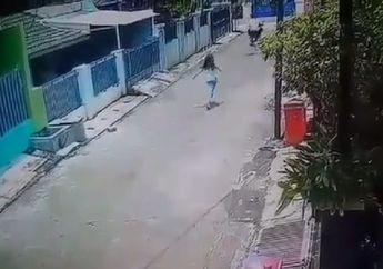 Tega Banget! Video Anak Kecil Nyaris Tersungkur, Ponselnya Dibawa Kabur Jambret di Bekasi