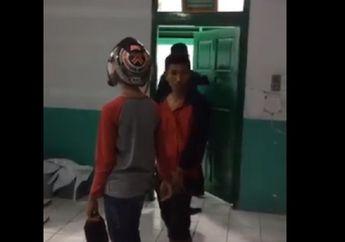 Rasain! Bikin Kapok Maling Helm, Dapat Hukuman Nginep di Kamar Mayat
