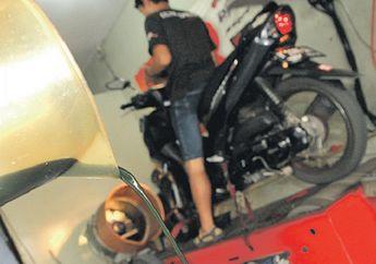 Jajal Oli Mesin Sampai 7.500 Km, Apa Yang Terjadi Pada Mesin Motor?