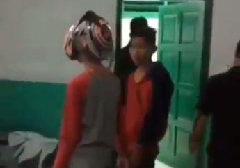 Kapok, Video 2 Remaja Maling Helm Tertangkap di Jambi, Pelaku Dipaksa Tidur Bareng Mayat