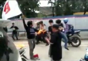 Sedih Lihatnya, Kanit Sabhara Nyaris Terbakar Hidup-hidup Bubarkan Demo, Pemotor Ketakutan
