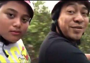 Video Liburan Asyik Ala Komedian Komeng, Trabas Hutan Bakau Bareng Anak Naik ATV