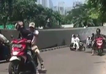 Viral! Video Gerombolan Pemotor Kocar-kacir Dihadang Skateboard, Nekat Terobos Car Free Day