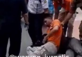 Macet di Rawamangun, Penangkapan Maling Helm Oleh Satpol PP Berlangsung Tegang