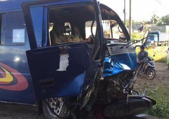Tragis, Dihantam Minibus, Pasangan Suami Istri Pengendara Motor Terkapar Gak Bernyawa