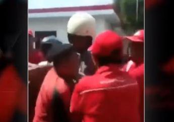 Video Hampir Adu Jotos Dua Pemotor Dipicu Serobot Antrean di SPBU
