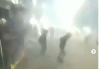 Bentrokan Hebat Warga Lawan Gengster Bersenjata Tajam di Flyover Jatibaru, Begini Komentar Kapolsek Tanah Abang
