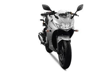Punya Bajet Seharga Motor Sport 150, Tenang Bisa Dapet Motor Keren Terbaru 250 Cc dari Suzuki