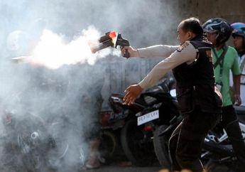 Pemotor Wajib Waspada, Sisa Gas Air Mata Masih Terasa di Sekitar Gedung DPR RI
