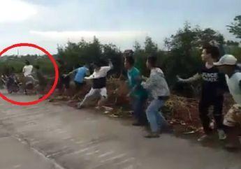 Ngeri, Penonton Terkapar Dihantam Pembalap Liar, Para Korban Menjerit Kesakitan
