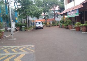 Jelang Lebaran, Penitipan Kendaraan Gratis di Kantor Kecamatan Kebayoran Baru Malah Kosong Melompong
