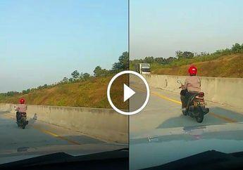 Ingin Cepat Pulang, Emak-Emak Nekat Ngebut Naik Honda Vario 125 di Jalan Tol, Ini Videonya