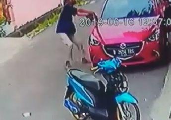 Video Pemotor Ban Cacing Nekat Colong Spion Mobil Seharga Rp 4 Jutaan, Langsung Dibully Netizen