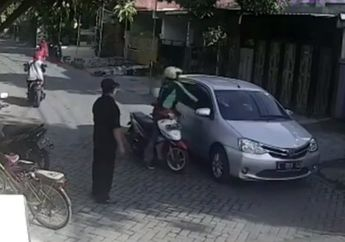 Brutal! Gara-gara Kaget Oknum Driver Ojol Tonjok Pengendara Mobil Berkali-kali, Korban Terkapar